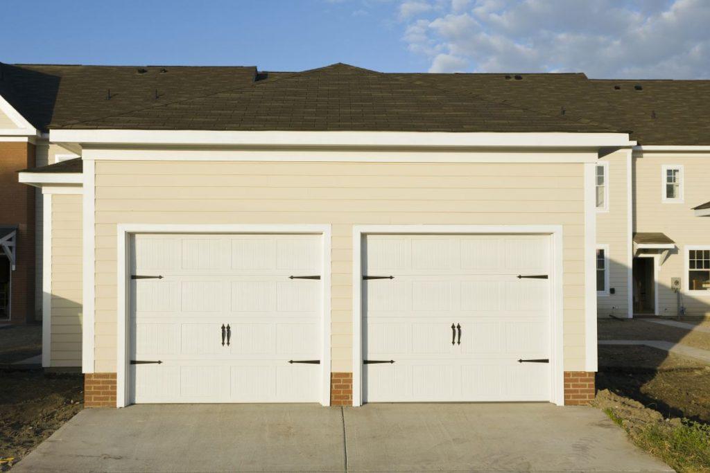 Jaką bramę do garażu wybrać?