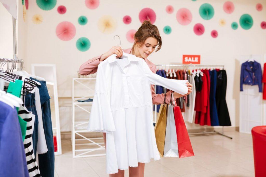 Zakupy online: jak oszczędzać nie rezygnując z modnego wyglądu?