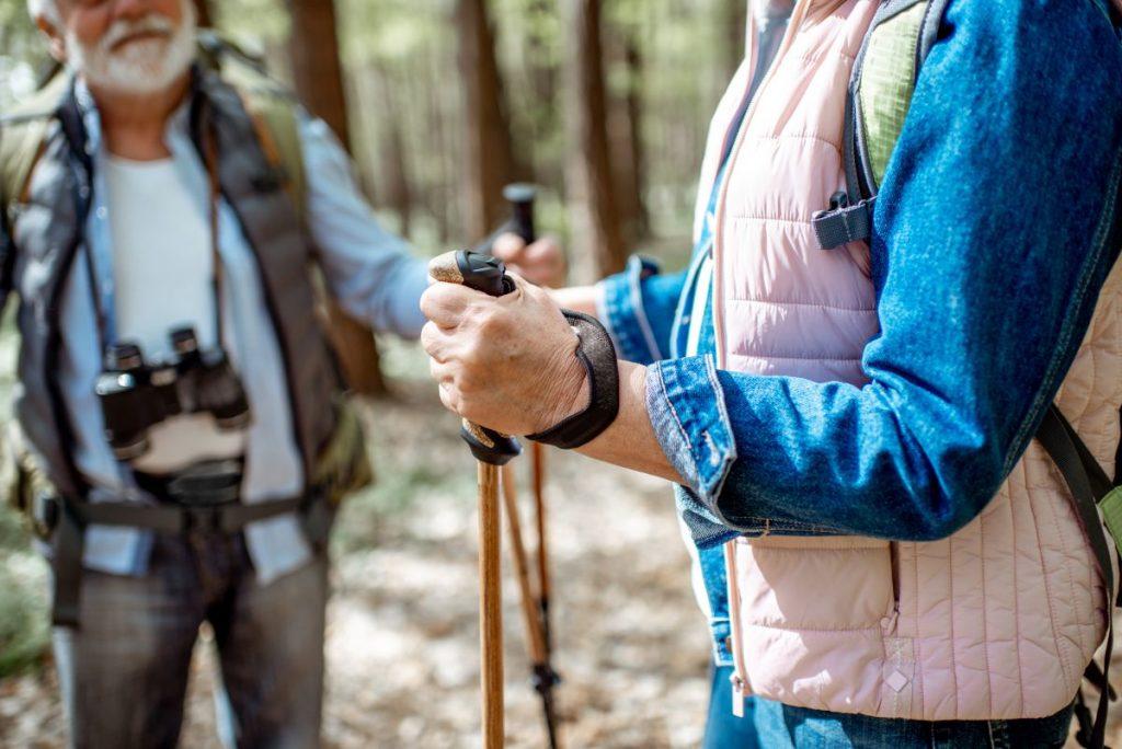 Na jakie kije trekkingowe się zdecydować?