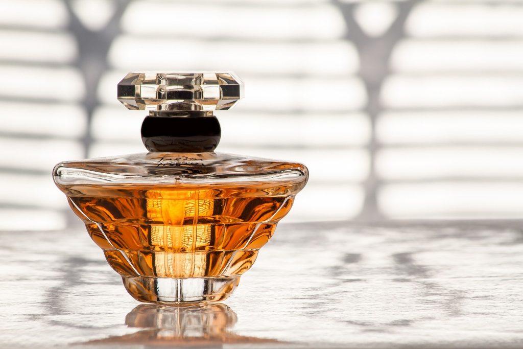 Jakie perfumy wybrać na wieczór?